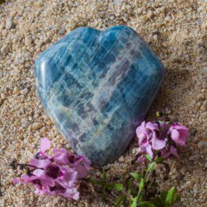 Beryl Meditation Stone
